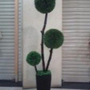 Pohon Plastik P-12
