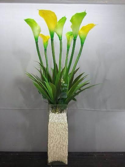 Bunga lily vas kaca